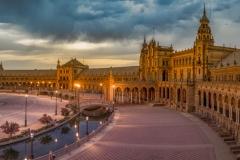 Golden Plaza_